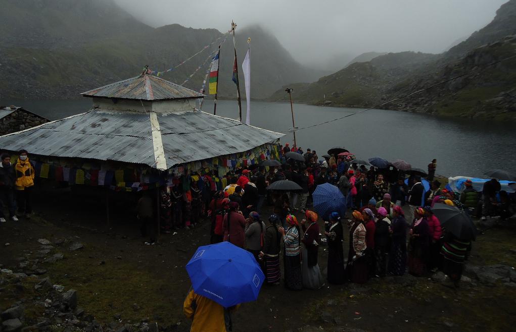 Gosaikunda Festival Trek